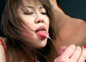 Asian stripper blowjob