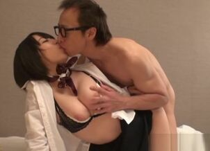Hot asian gives blowjob
